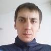 Александр, 31, г.Айхал